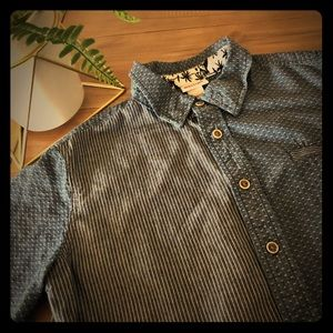 Mossimo boy's button up shirt